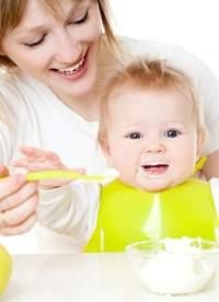 Bebekler nedeniyle alerji riski uca besinler