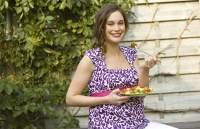 Canan Karatay'dan hamilelikte yasaklı yiyecekler