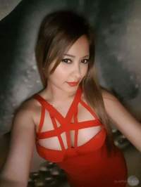 Kaliteli sarışın bayan Nuriye